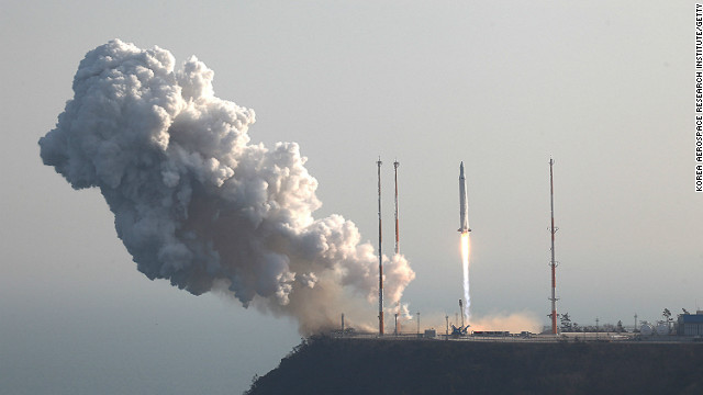 In this handout image provided by the Korea Aerospace Research Institute, KSLV-1 (Naro) rocket lifts off from the launch pad at Goheung Space Center on January 30, 2013 in Goheung-gun, South Korea.
