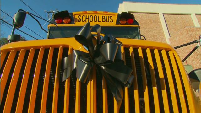 savidge al bus driver memorial service_00000812.jpg