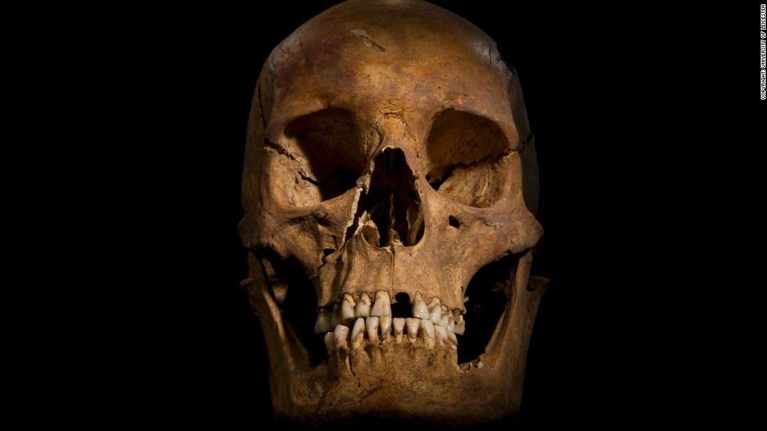 In 2012, experts began digging away at the area and established that it was part of the friary and that a skeleton, hastily buried in an uneven grave, was that of King Richard III, who was killed in 1485 during the Battle of Bosworth Field.