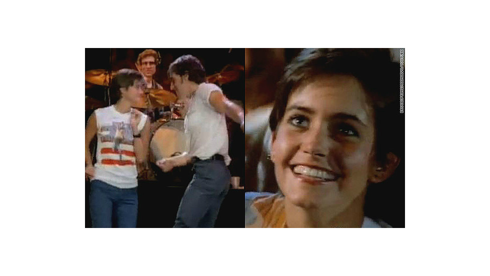"""Remember the young woman the Boss dances with in the 1984 music video for <a href=""""http://www.youtube.com/watch?v=129kuDCQtHs&t=2m31s"""" target=""""_blank"""">""""Dancing in the Dark?""""</a> That's a pre-""""Cougar Town""""/""""Friends""""/""""Family Ties"""" Courteney Cox."""
