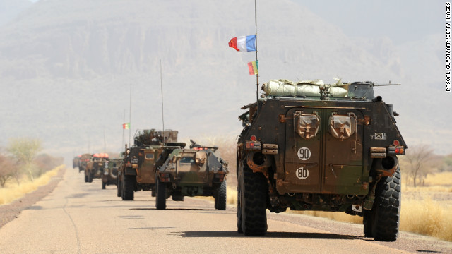 A convoy of French army vehicles head toward Gao, Mali on February 7.