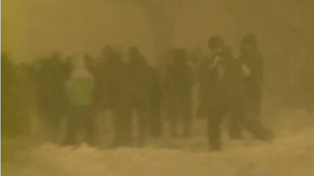 Snowball fight breaks out in Boston