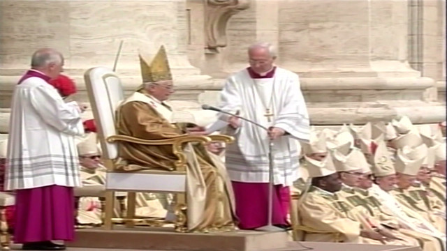 2005: Pope Benedict's first Mass