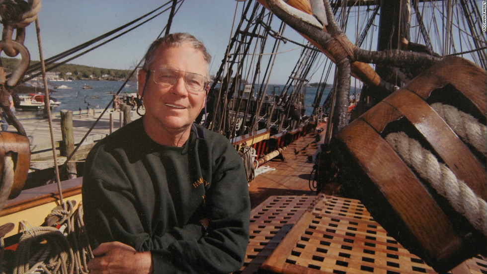 Sailors in the tall ship community have criticized Walbridge's decision to leave safe harbor in New London, Connecticut, on a voyage to Florida while Hurricane Sandy approached.