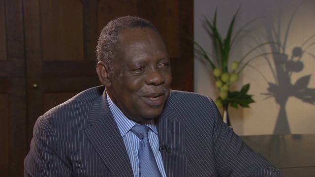 Hayatou: Good example key against racism