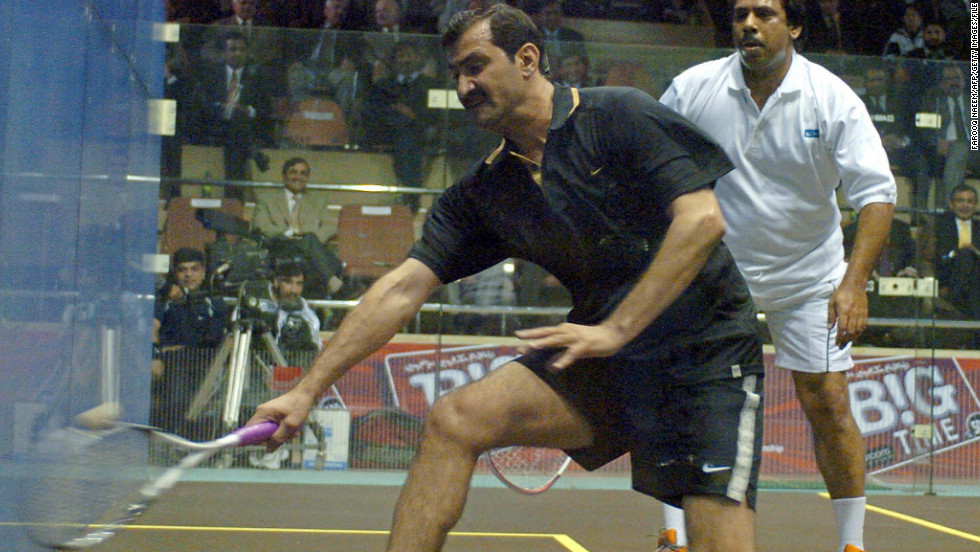 However, she fell short of the record 555 successive wins set between 1981-86 by Pakistani squash legend Jahangir Khan, pictured left in an exhibition against his former rival Jansher Khan in 2005.