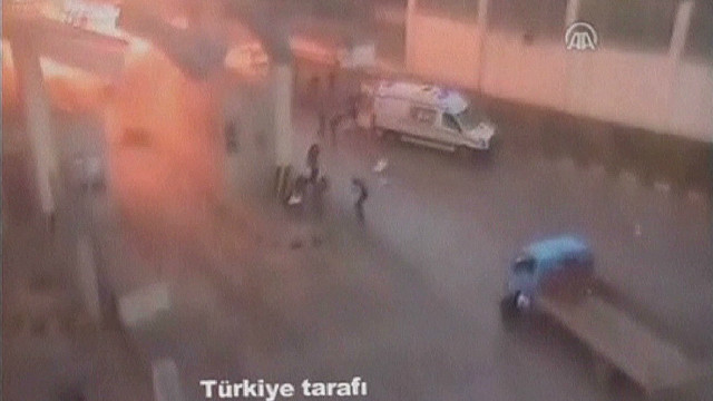 Turkey-Syria border blast caught on tape