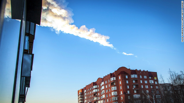Meteor streaks through Russian skies