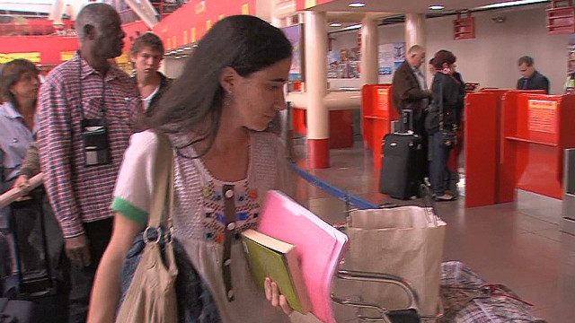 Cuban blogger finally allowed to travel