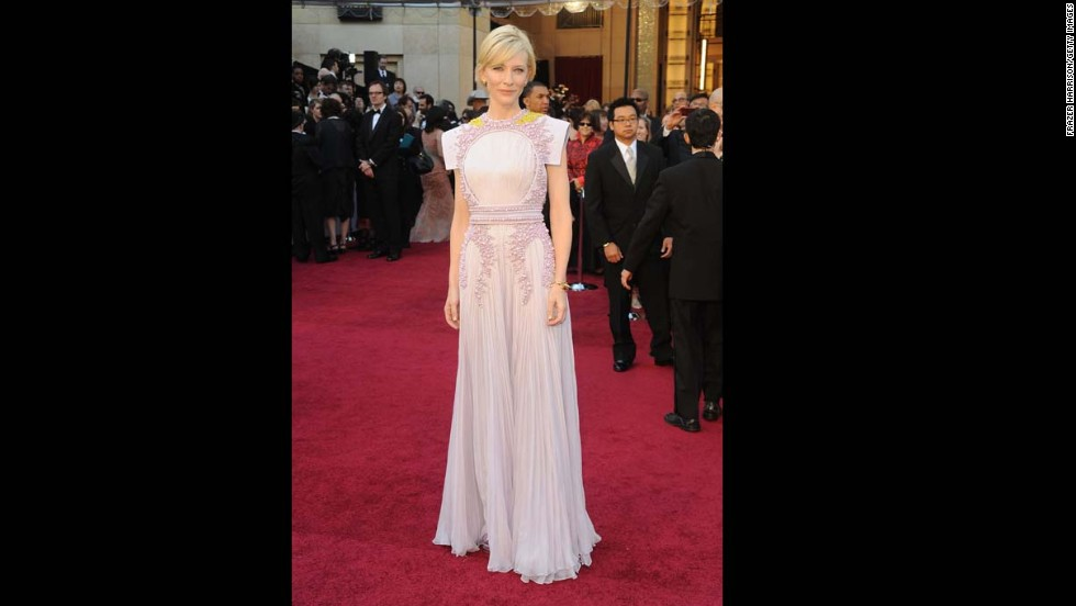 The pleated skirt of Cate Blanchett's pale purple 2011 Oscars dress was beautifully delicate, but we hated the bodice. Something about the beading of the gown's top half reminded of us of the kind of outbreak you'd see in a sci-fi movie, and it still makes our skin crawl.