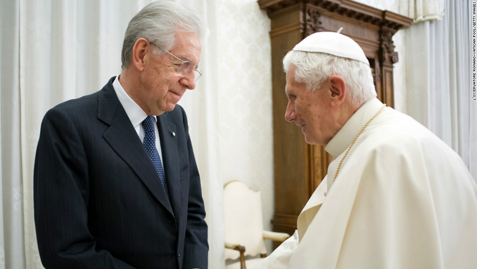 The harsh budget cuts and austerity policies of current Prime Minister Mario Monti (L), shown with the outgoing Pope Benedict XVI, won him plaudits from European leaders, but were unpopular in Italy.