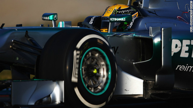 Lewis Hamilton set the fastest time  on the final day of Formula One testing Friday at Barcelona.