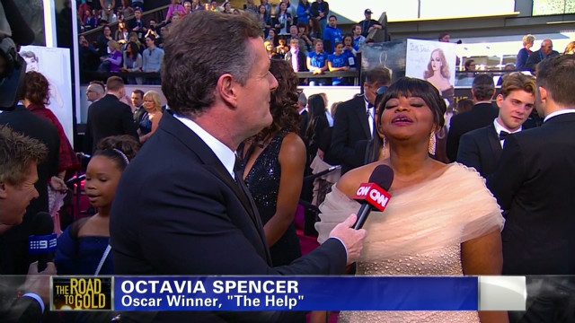 exp pmt octavia spencer oscar red carpet_00002001.jpg