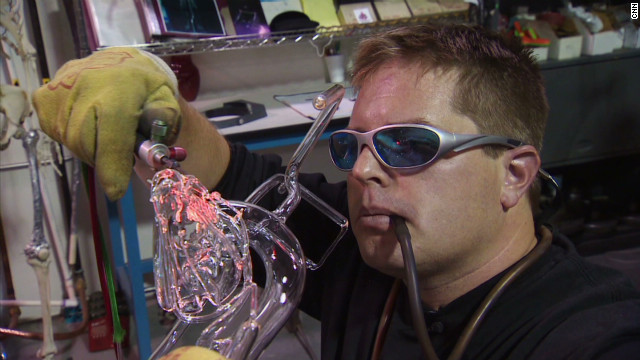 pkg glassblowing organs for medicine_00011202.jpg