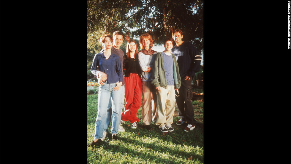 "Hathaway starred in the short-lived Fox comedy-drama ""Get Real,"" which ran from 1999 to 2000. From left, Debrah Farentino, Jon Tenney, Hathaway, Christina Pickles, Jesse Eisenberg and Eric Christian Olsen appeared in the show."