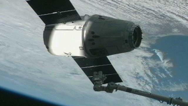 SpaceX capsule rendezvous with ISS