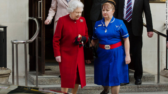 Queen Elizabeth II leaves King Edward II Hospital on March 4, 2013 in London, England. The Queen left the hospital and returned to Buckingham Palace after being admitted on Sunday with symptoms of gastroenteritis as a precautionary measure.