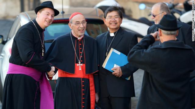 Swiss Guards nab scarf-wearing bishop
