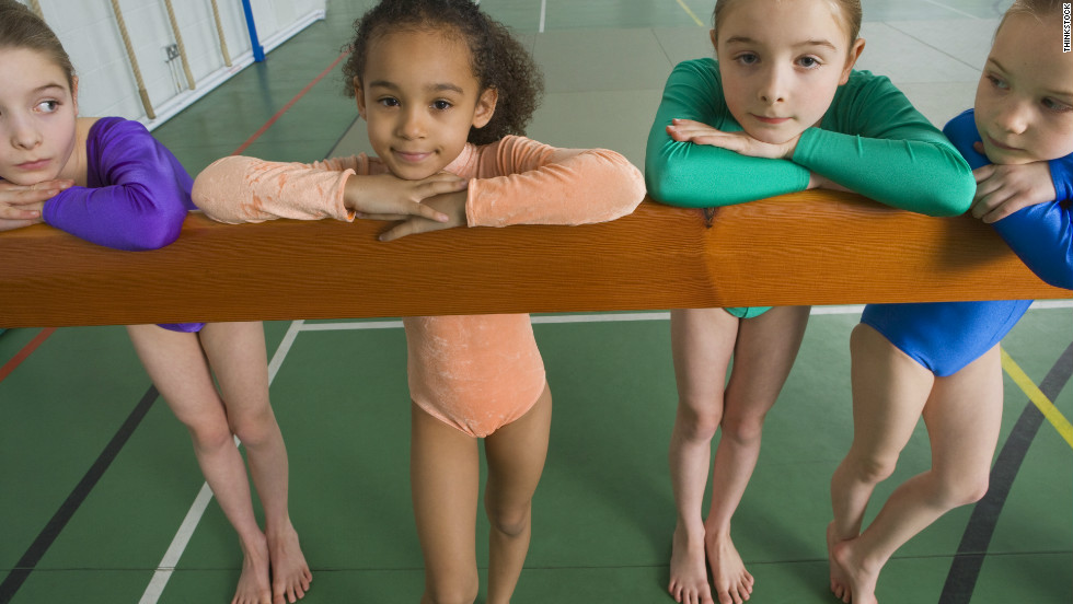 """children doing gymnastics""的图片搜索结果"