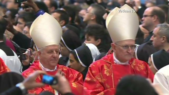 mclaughlin.conclave.tuesday_00004225.jpg