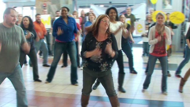 Man gets airport flash mob surprise