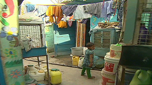 Spotlight on New Delhi slum