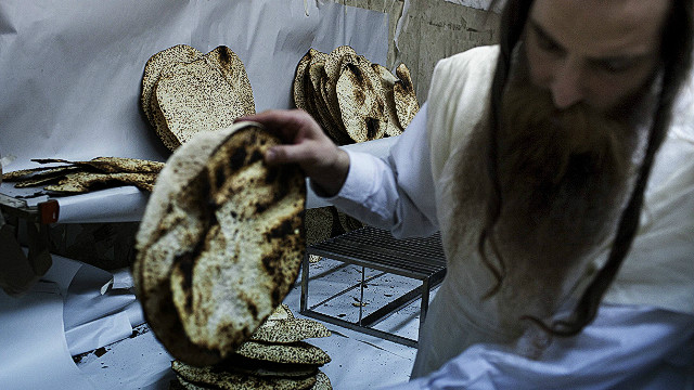 Passover in Israel: No bread for Obama