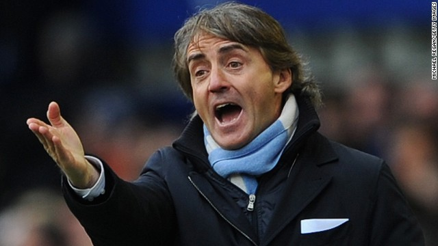 Manchester City manager Roberto Mancini reacts during Saturday's costly 2-0 defeat at Goodison Park.