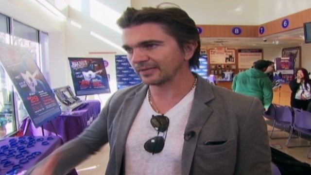 cnnee fuenmayor us juanes new cd_00003518.jpg