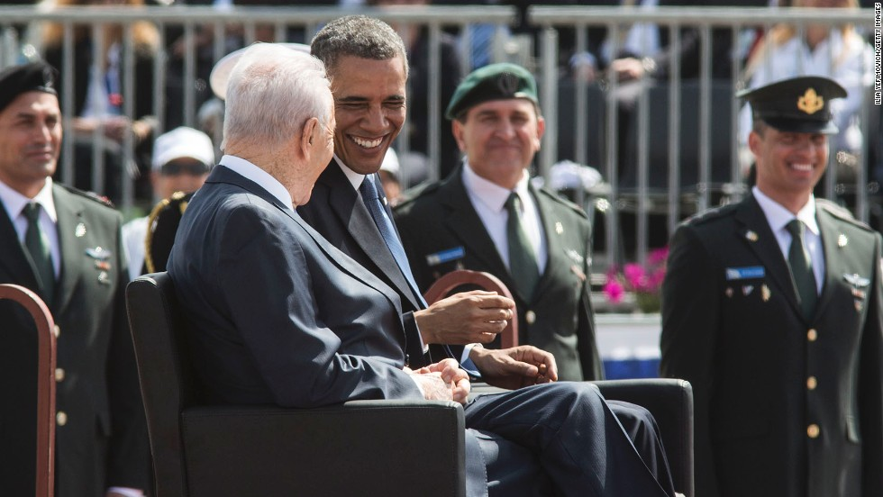 Obama shares a laugh with Israeli President Shimon Peres during the official welcoming ceremony at Ben Gurion Airport on March 20.