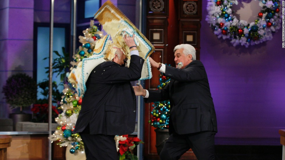 Sports commentator Terry Bradshaw and Leno have a cake fight on December 21.