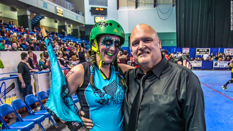 Frazer's husband Steve has also lost weight -- more than 90 pounds. He's known as Burley in the roller derby league, and took on the job of bench coach this season.