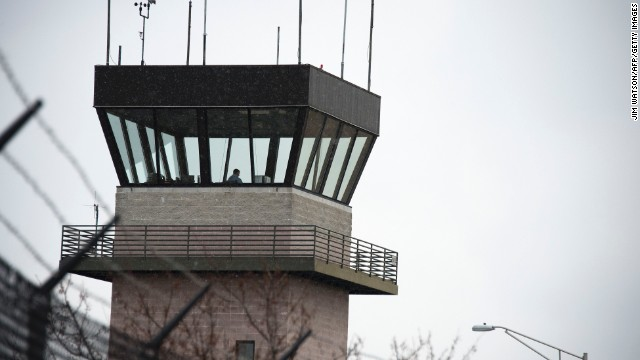 Air traffic towers to be cut