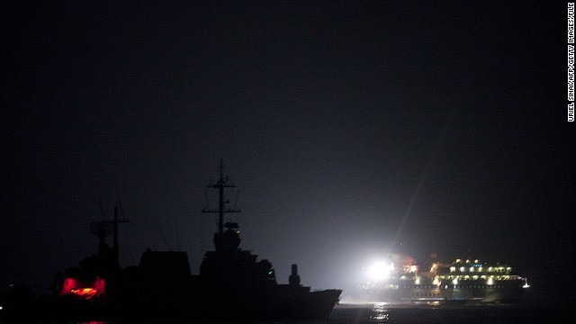 Israeli soldiers raid aid ship bound for Gaza in 2010