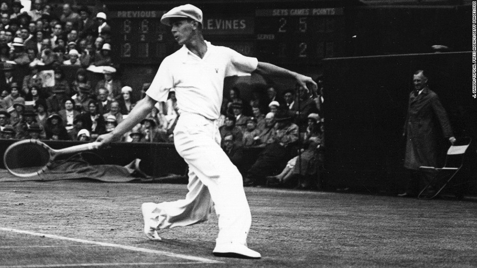 Another American, Ellsworth Vines, was the world's top-ranked men's tennis player on several occasions during the 1930s but had less success when he turned to golf. He did, however, win two state tournaments in the U.S.