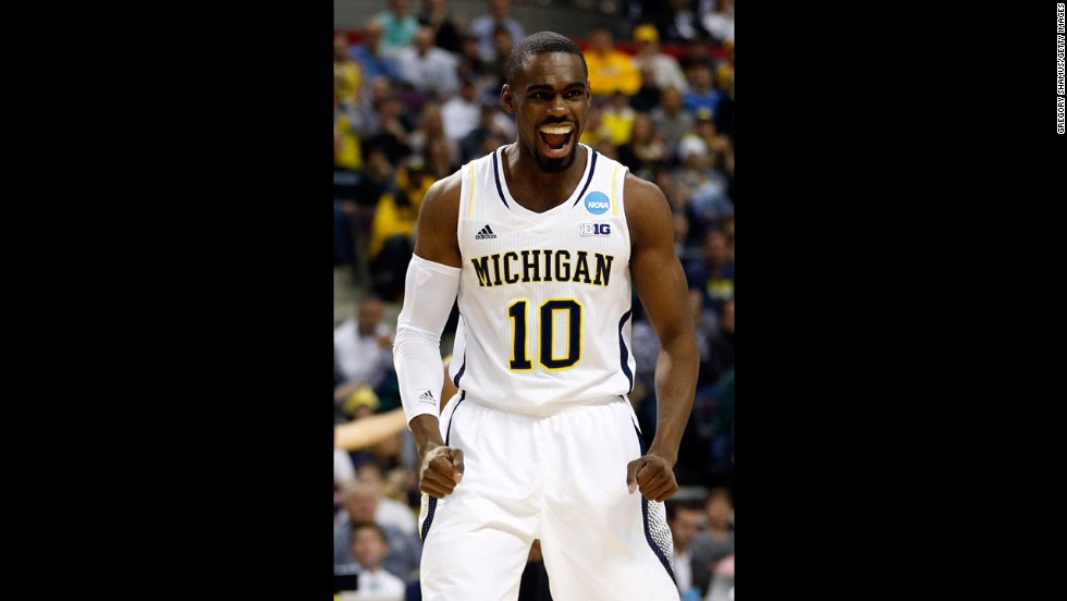 Tim Hardaway Jr. of the Michigan Wolverines reacts to a play on March 23.