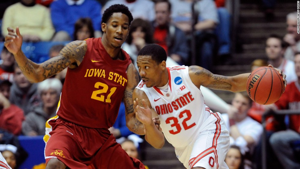 Lenzelle Smith Jr. of Ohio State handles the ball against Will Clyburn of Iowa State on March 24.