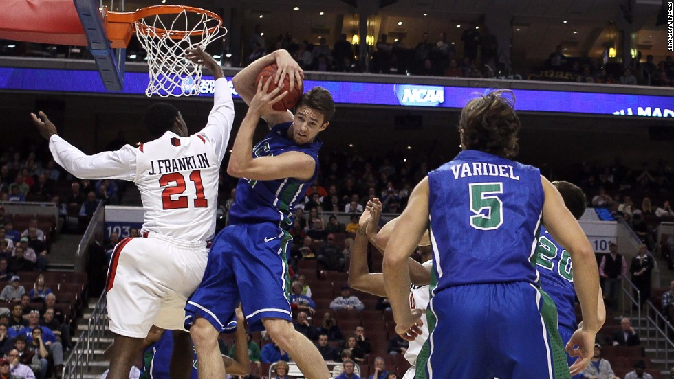 Eddie Murray of Florida Gulf Coast takes the ball from Jamaal Franklin of San Diego State on March 24.