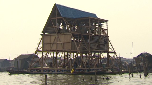 inside africa nigeria makoko floating school_00000705.jpg