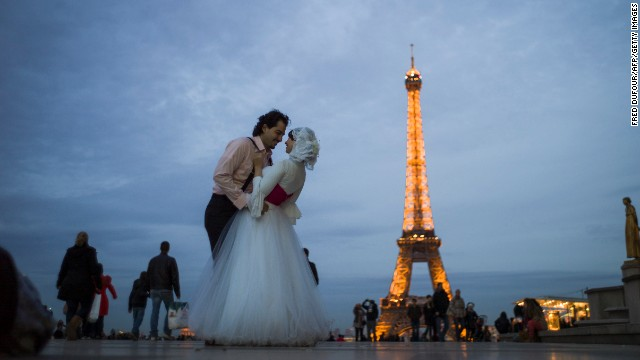 Top of the pops: according to proposal entrepreneur Jonathan Krywicki, Paris is the top destination for proposals.