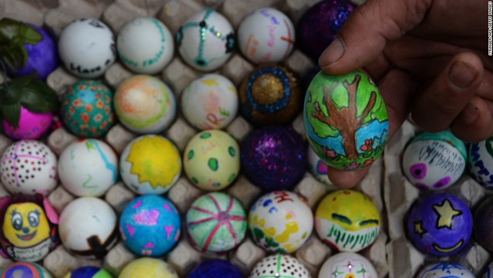 Photos: Easter around the world