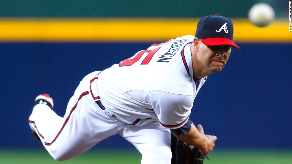 Tim Hudson of the Atlanta Braves pitches to the Philadelphia Phillies at Turner Field in Atlanta. The Braves beat the Phillies 7-5 and the Angels beat the Reds 3-1.