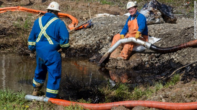 Arkansas resident 'shocked' by oil spill