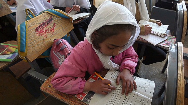 pkg coren afghan school girls_00000128.jpg