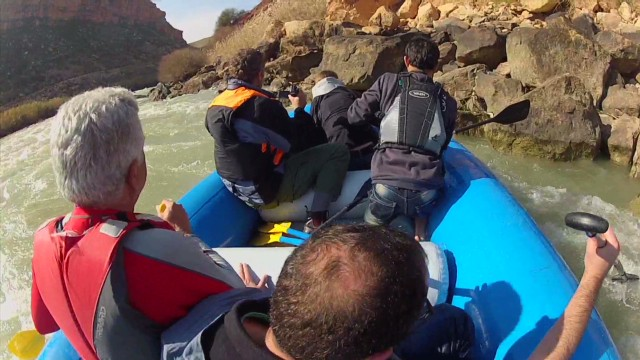 Thrills on Iraq's threatened rivers