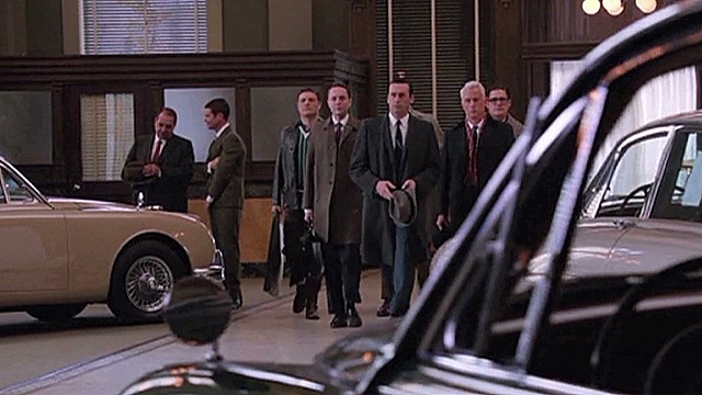 Lead Mad Men jaguar Matthew Weiner_00002524.jpg