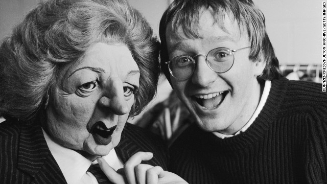 Impressionist Steve Nallon poses with a puppet of Margaret Thatcher from the satirical TV show 'Spitting Image', 15th February 1985. (Photo by Dunn/Express/Hulton Archive/Getty Images)