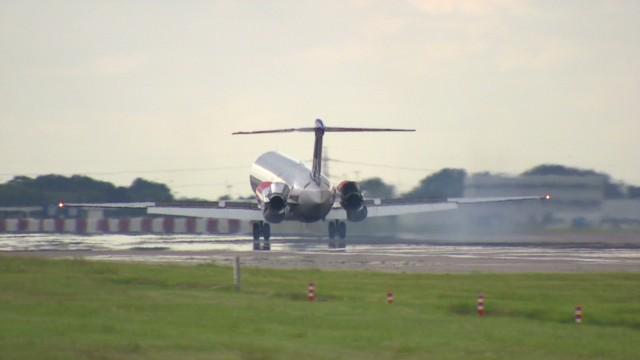 qmb pkg durgahee airplane turbulence_00021712.jpg
