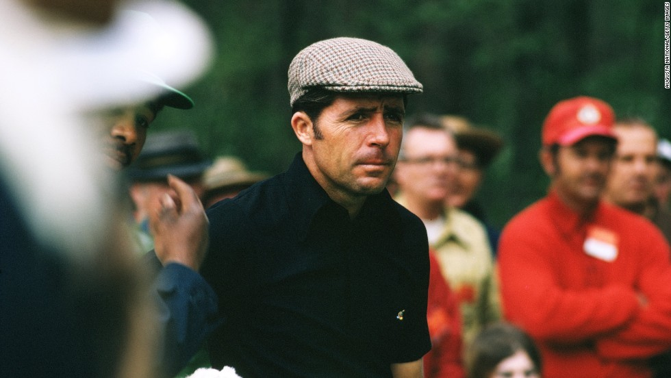 Player in action in the 1972 Masters at Augusta which was won by his great rival Nicklaus.