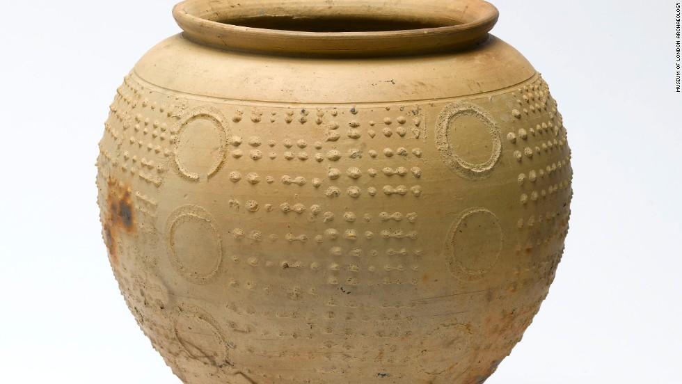 Complete Roman ceramic beaker.